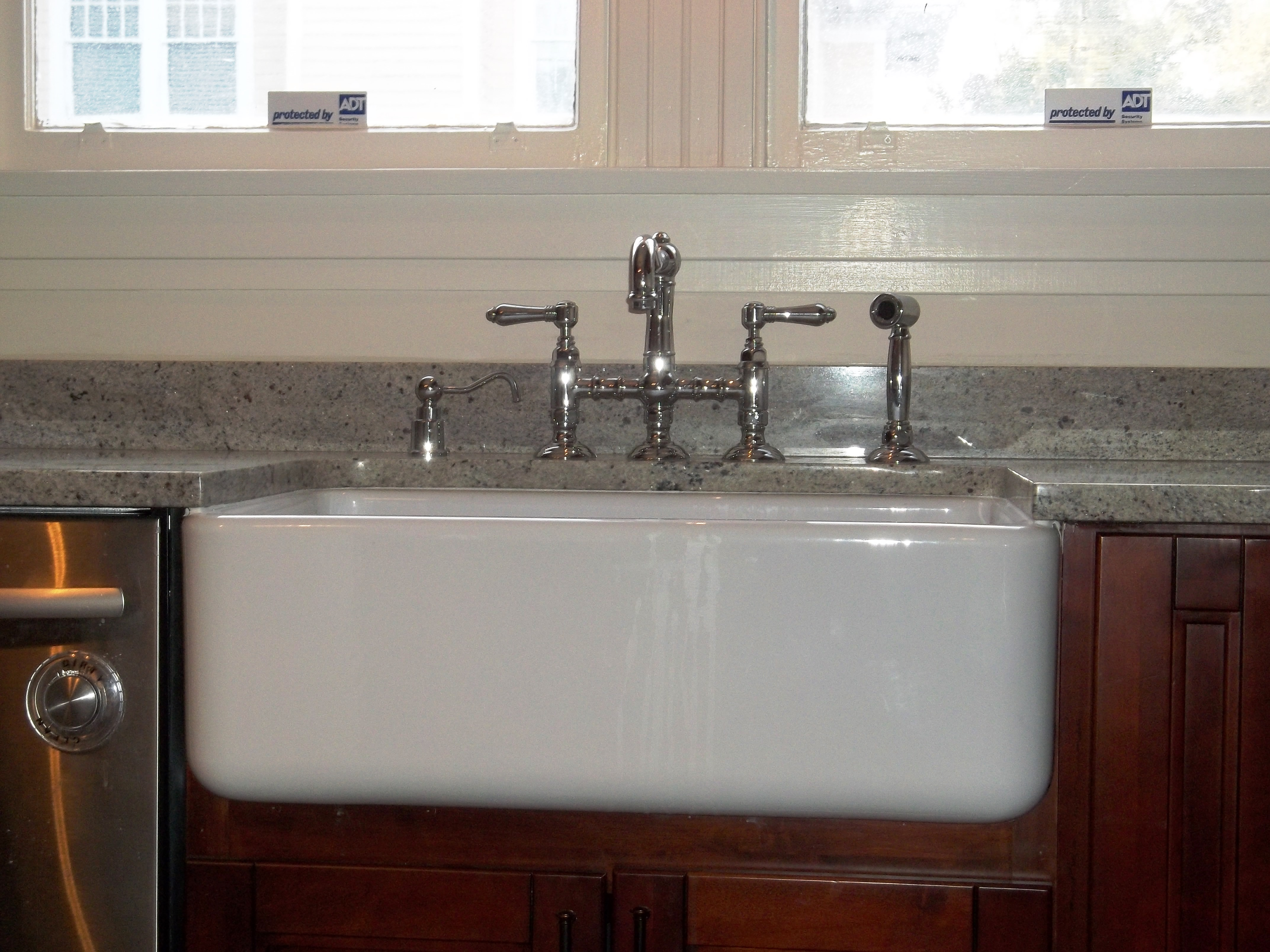 Handyman Sink Repair